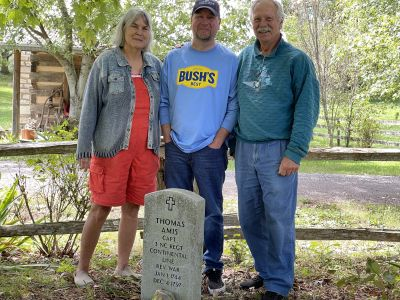 Justin Birdsong, 6th Great Grandson of Thomas Amis with Jake & Wendy. Sept. 2021